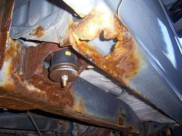 Hudson Oil Coating, LLC. Oil Undercoating in Hudson NH - car repair  | Photo 1 of 5 | Address: 8 State St, Hudson, NH 03051, USA | Phone: (603) 438-9407