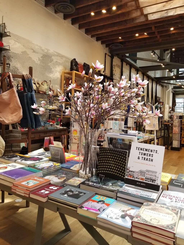 Book Culture LIC - book store    Photo 3 of 10   Address: 26-09 Jackson Ave, Long Island City, NY 11101, USA   Phone: (718) 440-3120