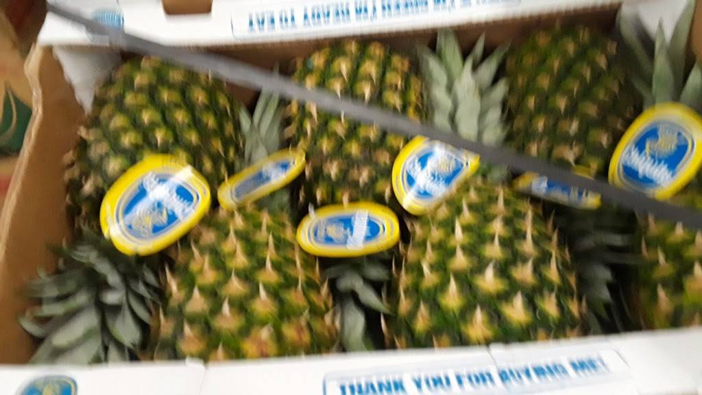 Jalisco Fresh Produce Inc - store  | Photo 3 of 8 | Address: 1601 E Olympic Blvd, Los Angeles, CA 90021, USA | Phone: (213) 629-0993