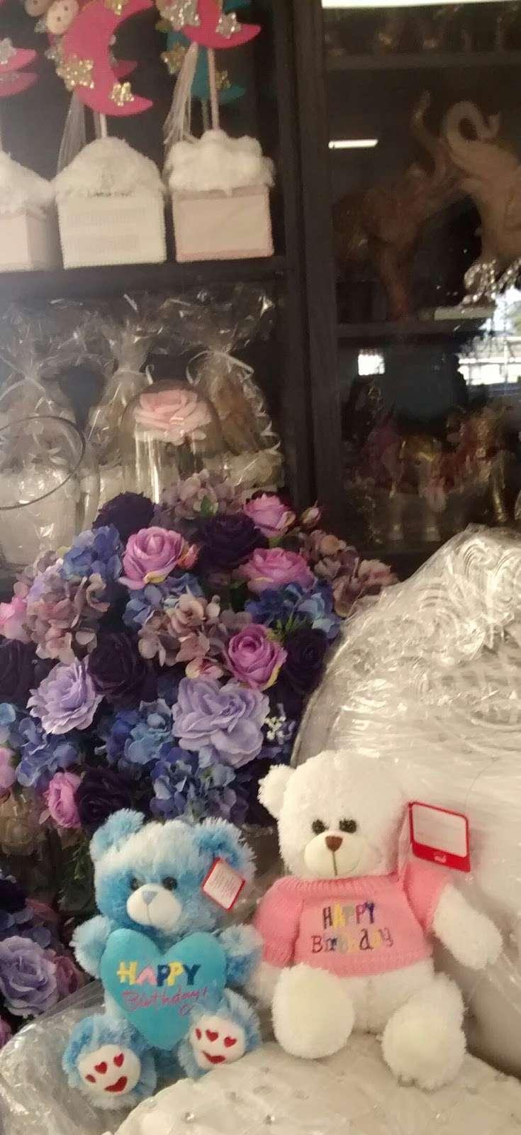 Normas Flower Shop - florist  | Photo 9 of 9 | Address: 3641, 36601 Newark Blvd #81, Newark, CA 94560, USA | Phone: (510) 793-7255