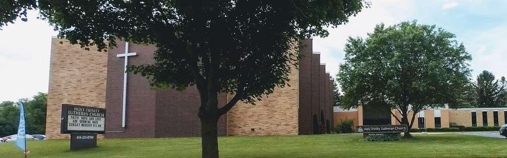 Holy Trinity Lutheran Church - church  | Photo 7 of 10 | Address: 11709 W Cleveland Ave, West Allis, WI 53227, USA | Phone: (414) 321-0700