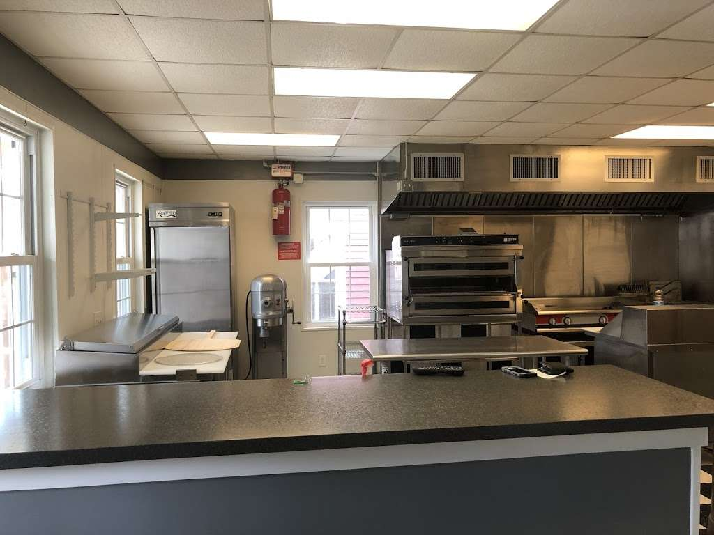 Alloway Pizza and grill - restaurant    Photo 1 of 6   Address: 3 S Greenwich St, Alloway, NJ 08001, USA   Phone: (856) 279-2332
