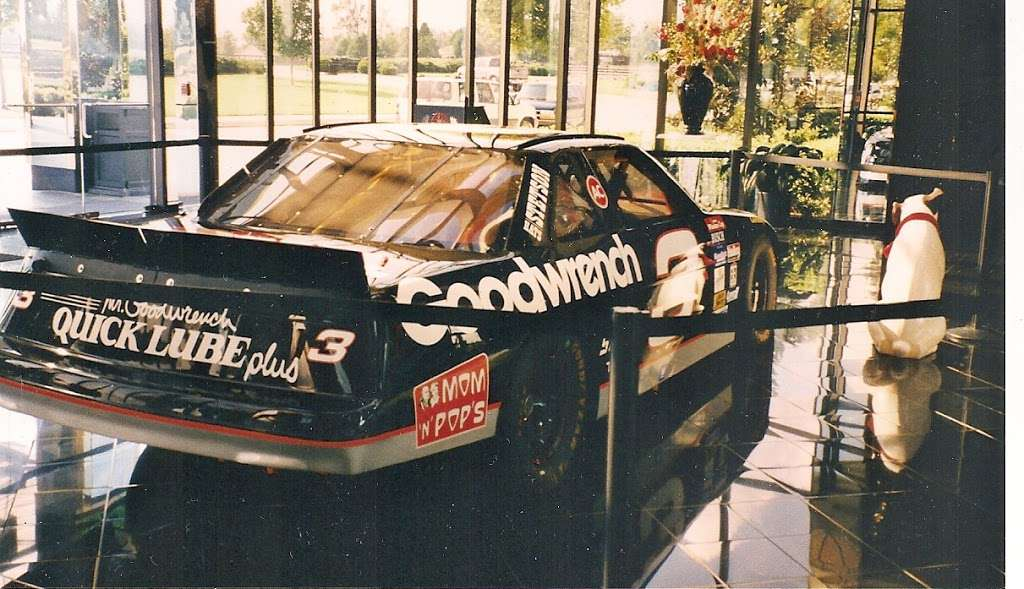 Dale Earnhardt Inc - museum    Photo 10 of 10   Address: 1675 NC-3, Mooresville, NC 28115, USA   Phone: (704) 662-8000