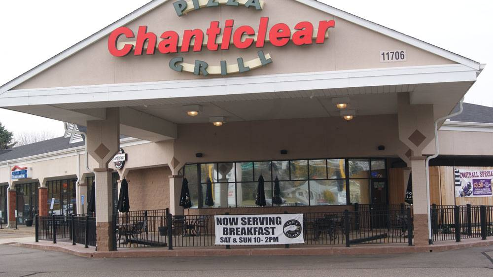 Chanticlear Pizza Grill - meal delivery  | Photo 1 of 10 | Address: 11706 Crooked Lake Blvd, Coon Rapids, MN 55433, USA | Phone: (763) 757-2020