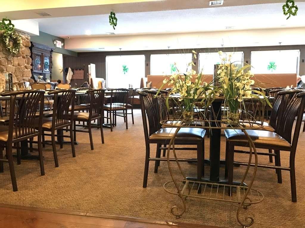 Leggios Italian Restaurant - restaurant  | Photo 1 of 10 | Address: 64 E Center Hill Rd, Dallas, PA 18612, USA | Phone: (570) 675-4511