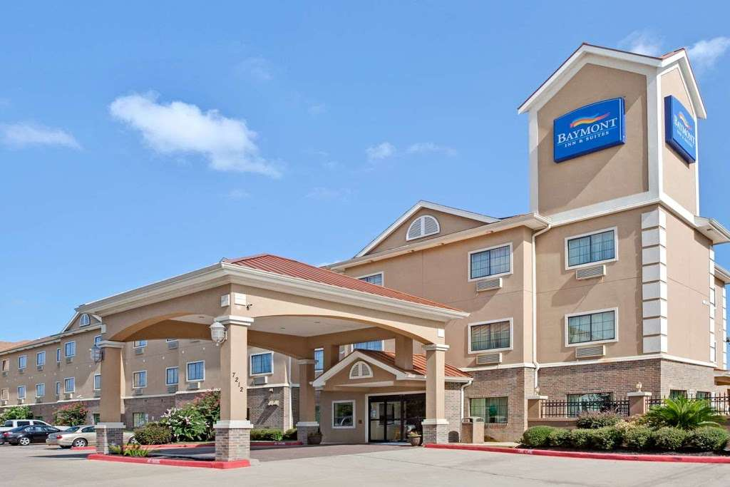 Baymont by Wyndham Baytown - lodging  | Photo 1 of 10 | Address: 7212 Eastpoint Blvd, Baytown, TX 77521, USA | Phone: (281) 839-1400