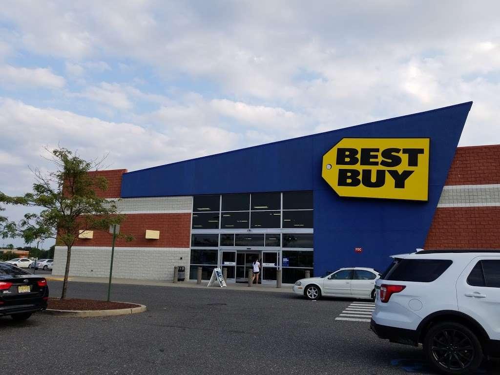 Best Buy - electronics store  | Photo 2 of 10 | Address: 3849 S Delsea Dr, Vineland, NJ 08360, USA | Phone: (856) 765-1880