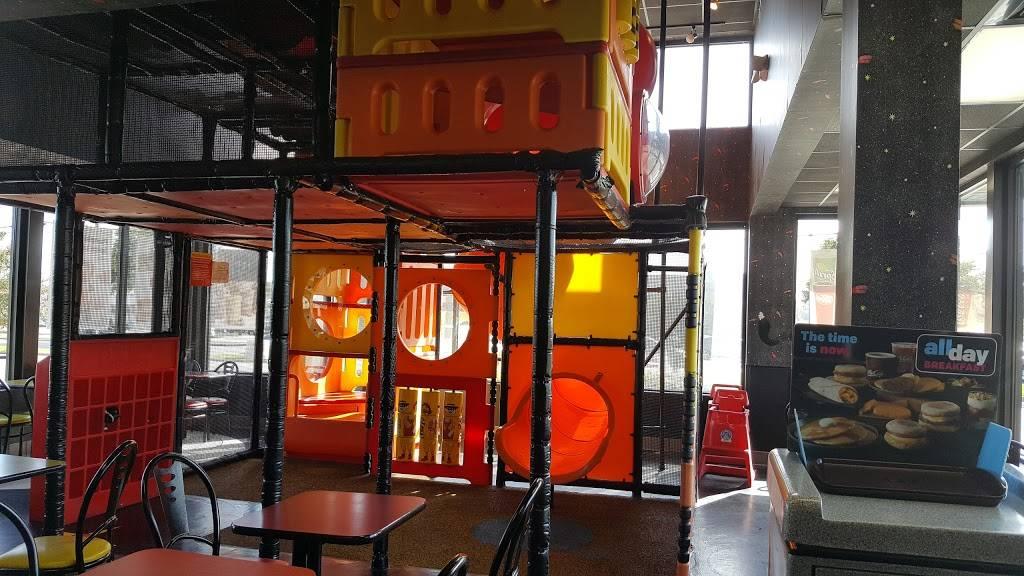 McDonalds - cafe  | Photo 1 of 10 | Address: 4450 Gus Thomasson Rd, Mesquite, TX 75150, USA | Phone: (972) 681-0854