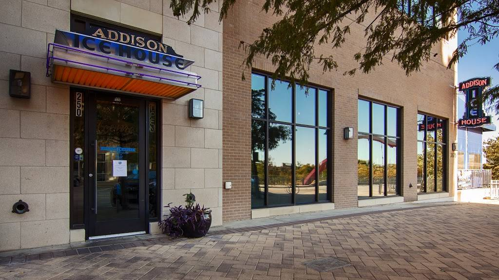 Addison Ice House - restaurant  | Photo 1 of 9 | Address: 3875 Ponte Ave #250, Addison, TX 75001, USA | Phone: (972) 218-0921