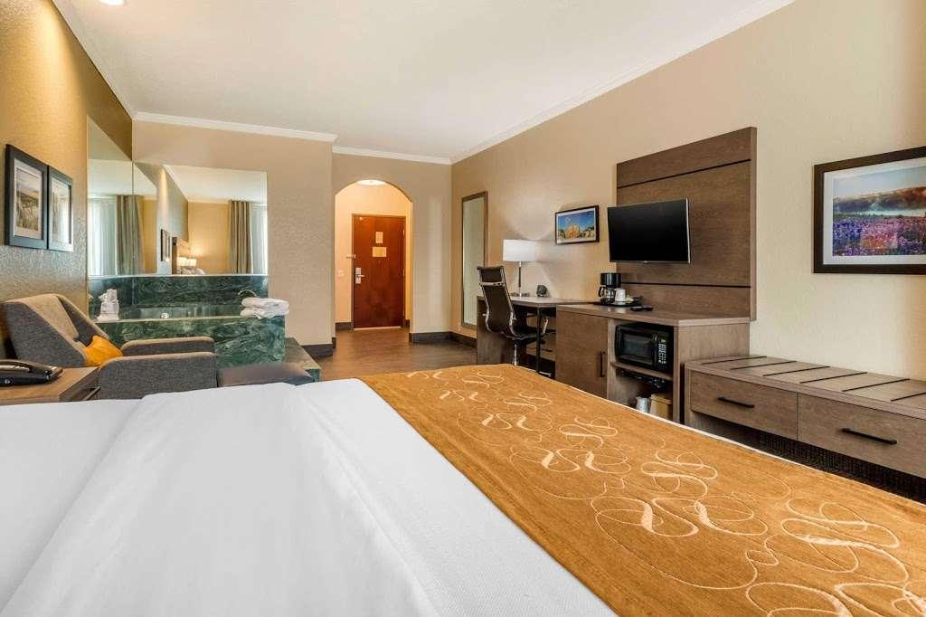 Comfort Suites - lodging    Photo 5 of 10   Address: 7209 Garth Rd, Baytown, TX 77521, USA   Phone: (281) 421-9764