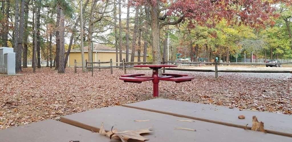 Veterans Park - park  | Photo 1 of 10 | Address: Old Bridge, NJ 08857, USA