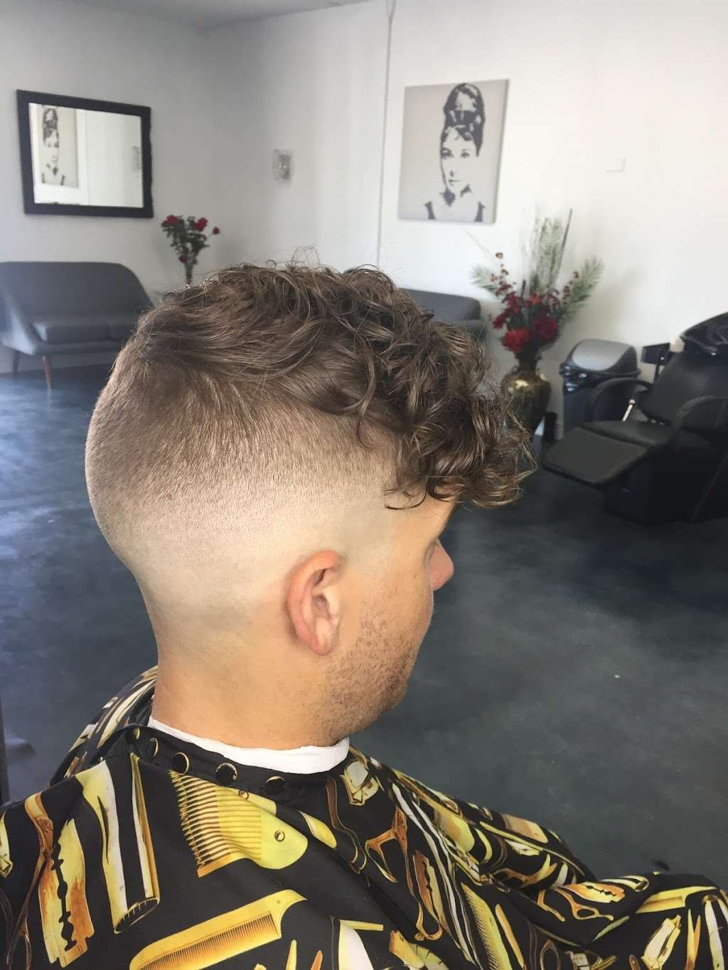 Studio G beauty salon & Barber shop - hair care  | Photo 1 of 10 | Address: 941 N Michillinda Ave, Pasadena, CA 91107, USA | Phone: (626) 510-6366