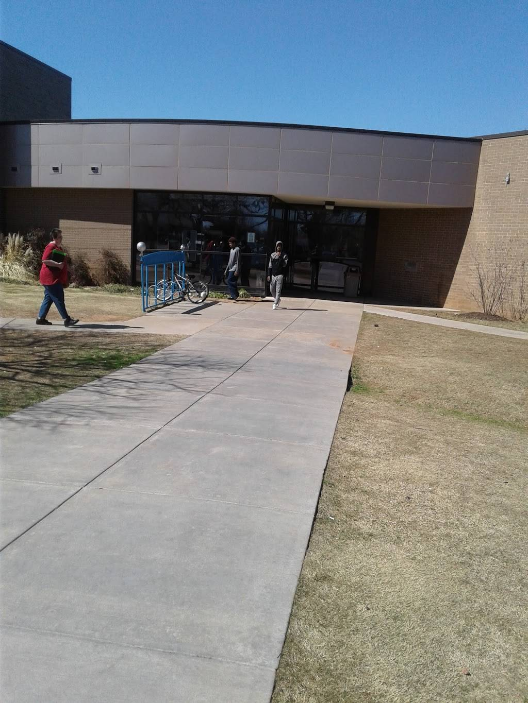 Metropolitan Library System - Ralph Ellison Library - library  | Photo 6 of 7 | Address: 2000 NE 23rd St, Oklahoma City, OK 73111, USA | Phone: (405) 424-1437