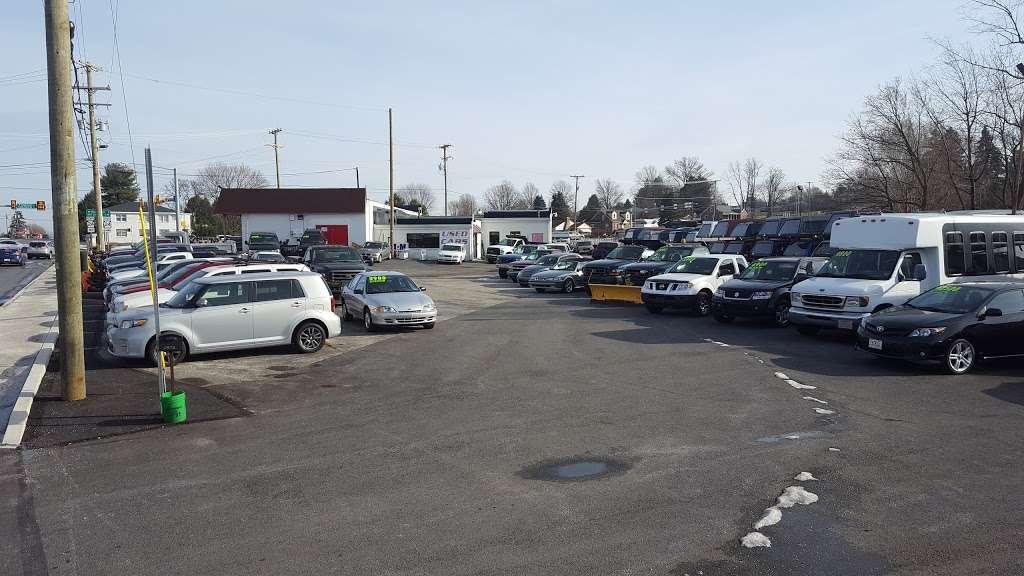 M&M Inc. - car dealer    Photo 2 of 10   Address: 2875 E Prospect Rd, York, PA 17402, USA   Phone: (717) 755-3841