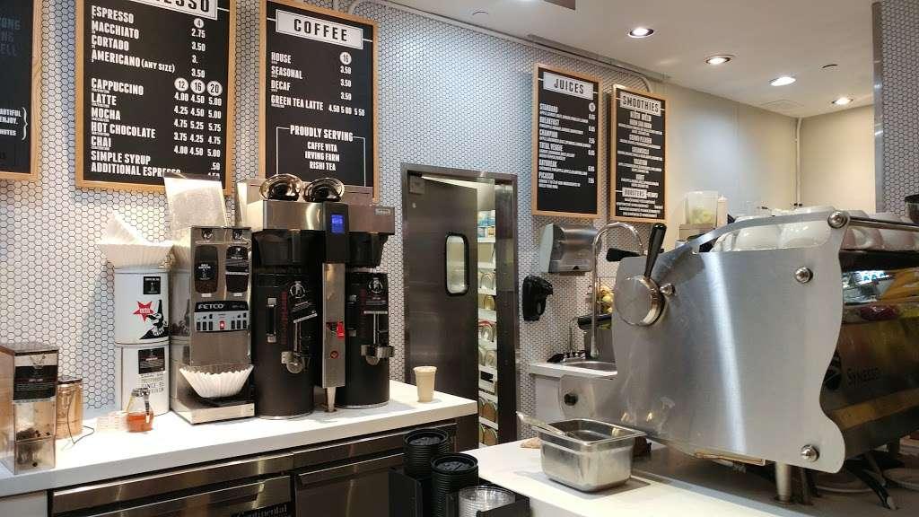 World Bean Coffee - cafe  | Photo 6 of 6 | Address: Terminal D, Arrivals Level, LaGuardia Airport (LGA), Flushing, NY 11371, USA | Phone: (718) 533-3400