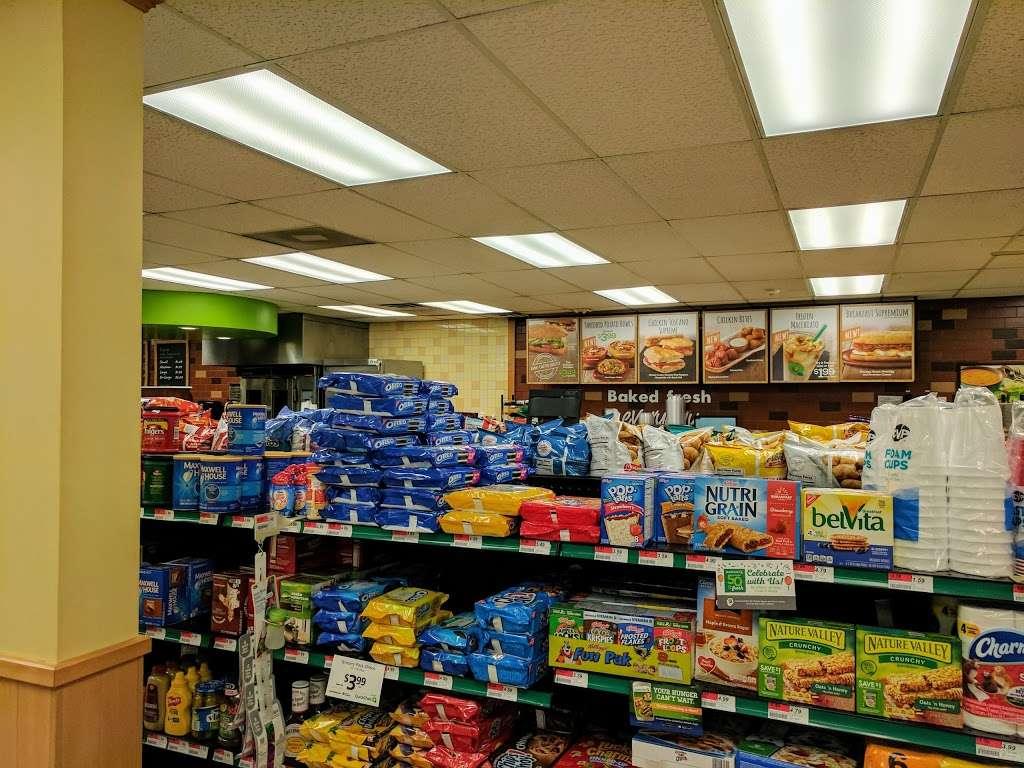 QuickChek - convenience store  | Photo 3 of 5 | Address: 853 Convery Blvd, Perth Amboy, NJ 08861, USA | Phone: (732) 826-9627