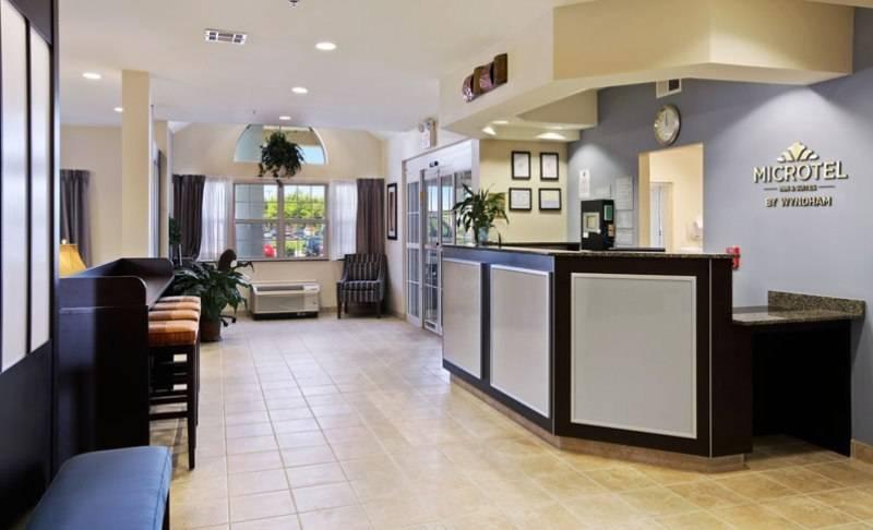 Microtel Inn & Suites by Wyndham Baton Rouge Airport - lodging    Photo 7 of 10   Address: 3444 Harding Blvd, Baton Rouge, LA 70807, USA   Phone: (225) 356-9191