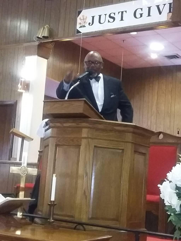 Shiloh Baptist Church - church  | Photo 4 of 5 | Address: 916 E 12th St, Winston-Salem, NC 27101, USA | Phone: (336) 724-9263