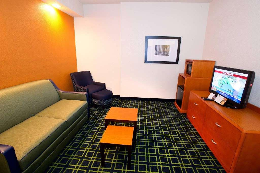 Fairfield Inn & Suites by Marriott Dallas DFW Airport North/Irvi - lodging  | Photo 9 of 9 | Address: 4800 W John Carpenter Fwy, Irving, TX 75063, USA | Phone: (972) 929-7257