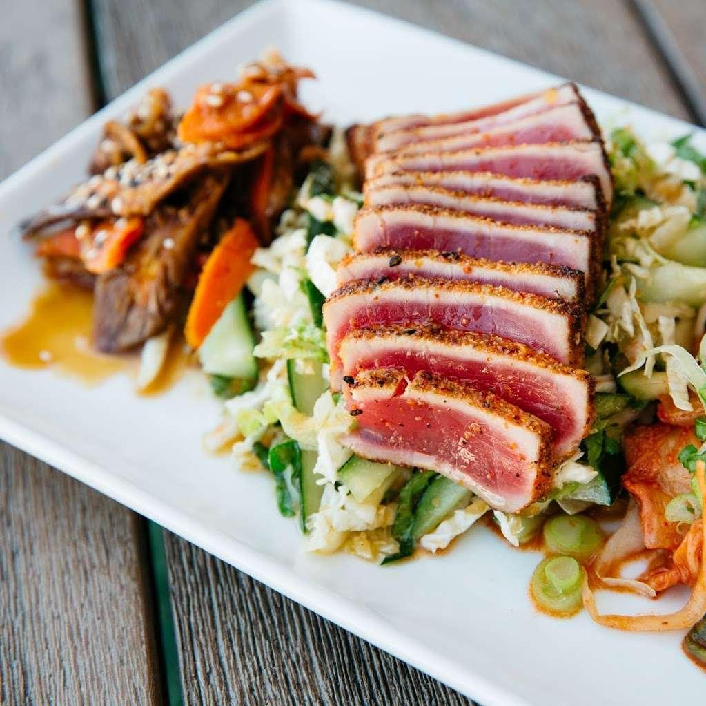 M/Y Cafe - restaurant  | Photo 2 of 10 | Address: 4200 N Flagler Dr, West Palm Beach, FL 33407, USA | Phone: (561) 840-8301