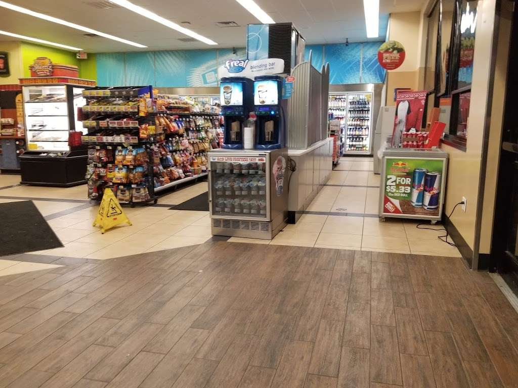 Sheetz #184 - convenience store  | Photo 6 of 10 | Address: 12404 Lager Dr, Hagerstown, MD 21740, USA | Phone: (301) 790-3350