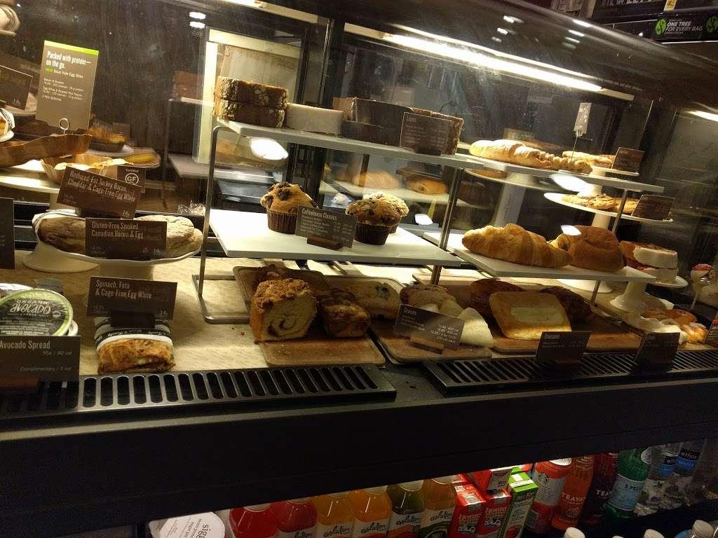 Starbucks - cafe  | Photo 2 of 10 | Address: 1336 Peninsula Blvd, Hewlett, NY 11557, USA | Phone: (516) 295-3330