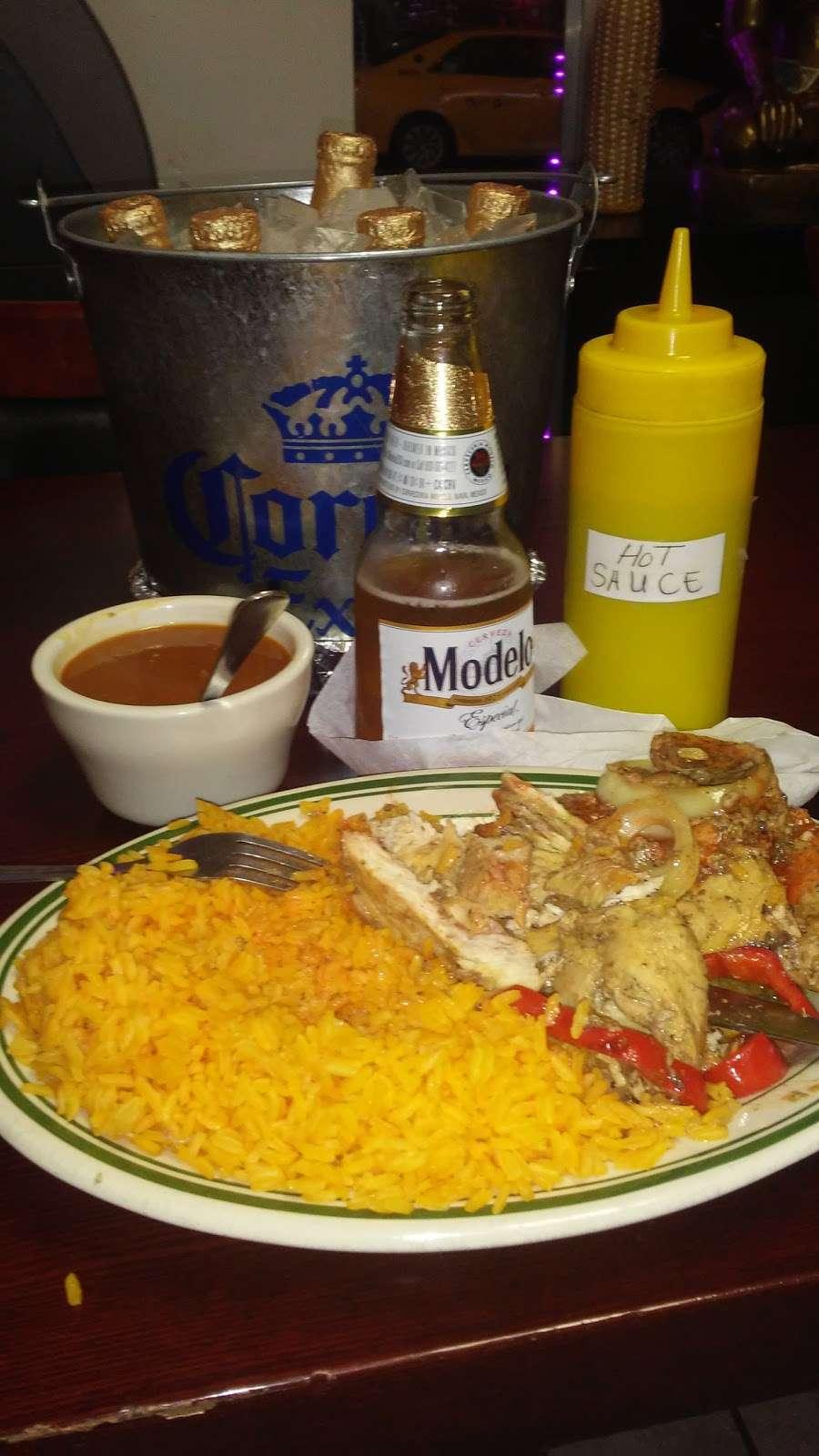 Las Mellas Restaurant - restaurant  | Photo 8 of 10 | Address: 1452 Westchester Ave, Bronx, NY 10472, USA | Phone: (718) 684-3010