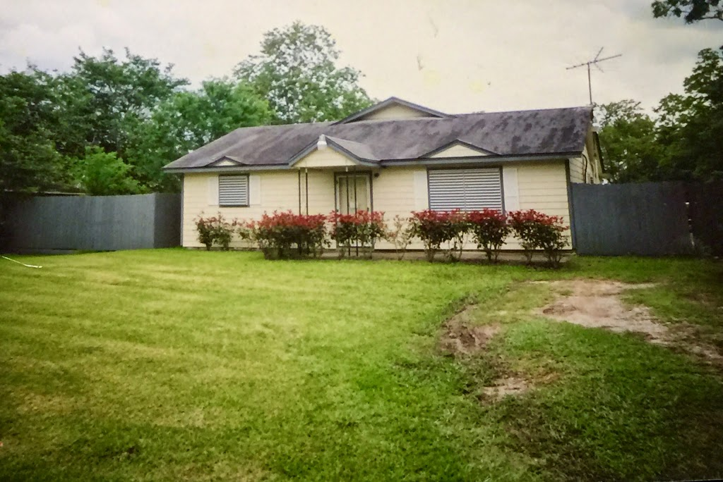 Galveston County Property Management and Sales - real estate agency    Photo 4 of 10   Address: 1501 6th St N, Texas City, TX 77590, USA   Phone: (888) 645-9994