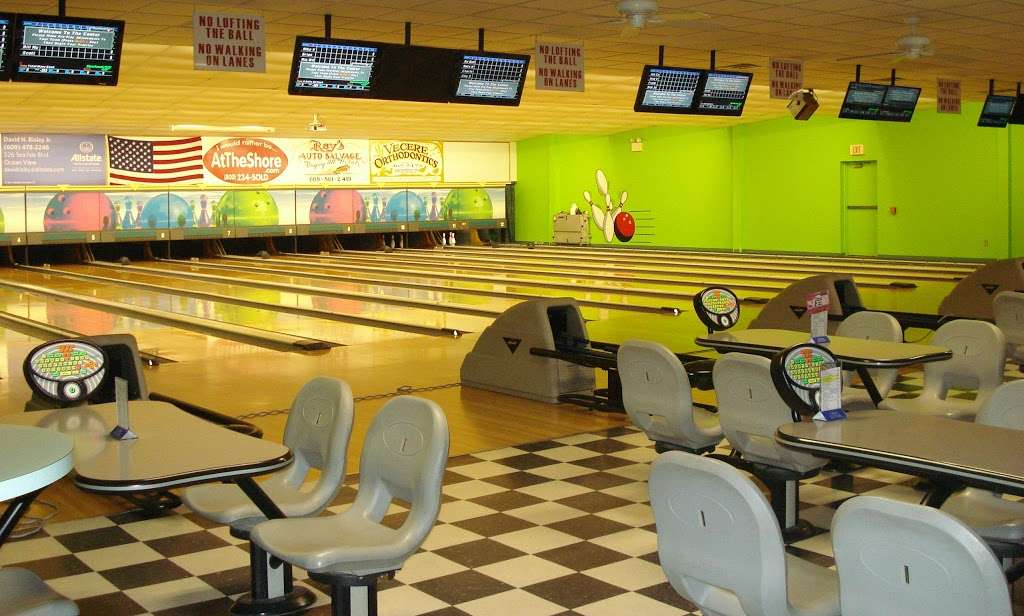 Mouse Trap Lanes - bowling alley  | Photo 1 of 10 | Address: 2051 Dennisville-Petersburg Rd, Woodbine, NJ 08270, USA | Phone: (609) 861-2695