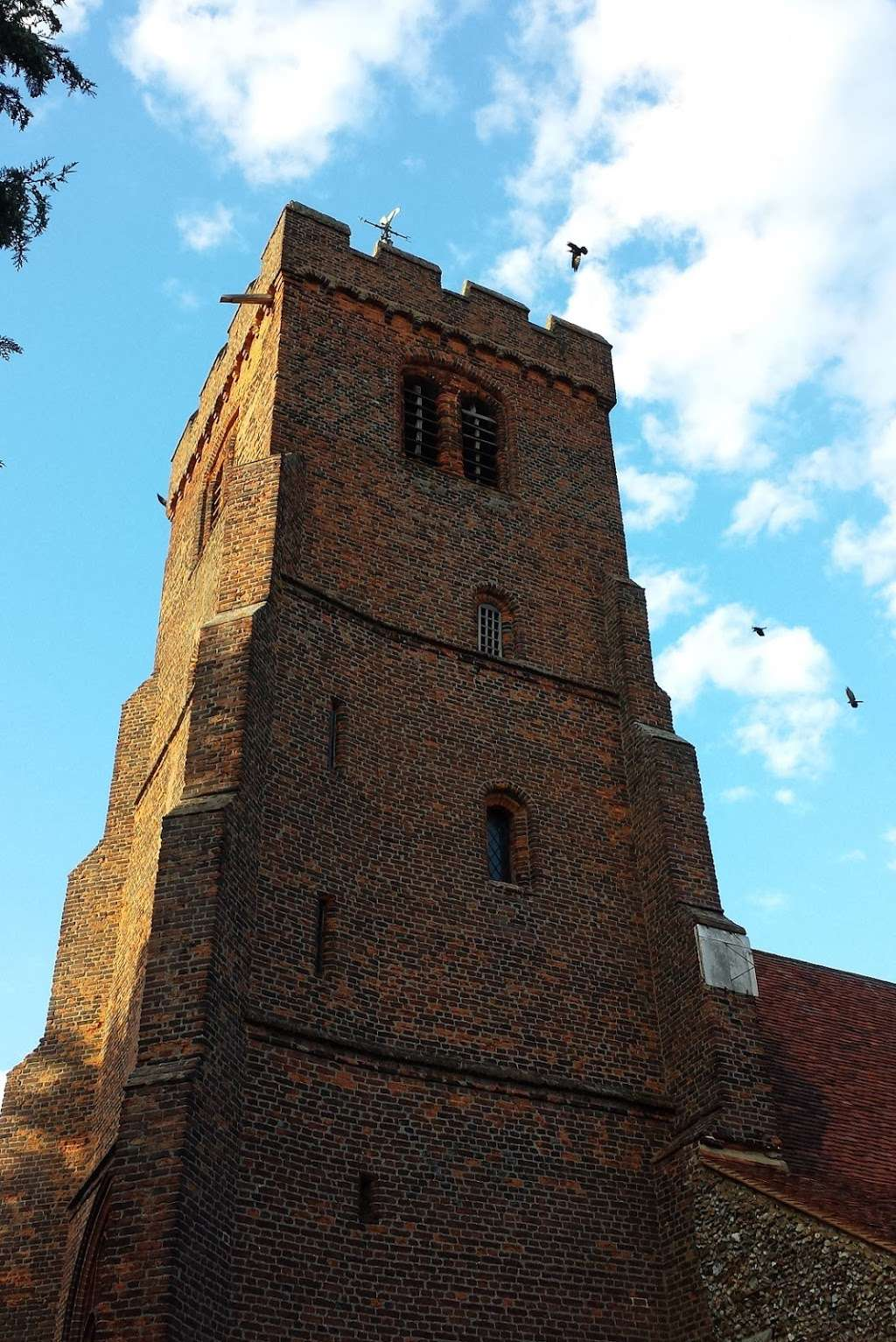 The Parish Church of Saint Andrew - church    Photo 7 of 10   Address: North Weald Bassett, Epping CM16 6AL, UK