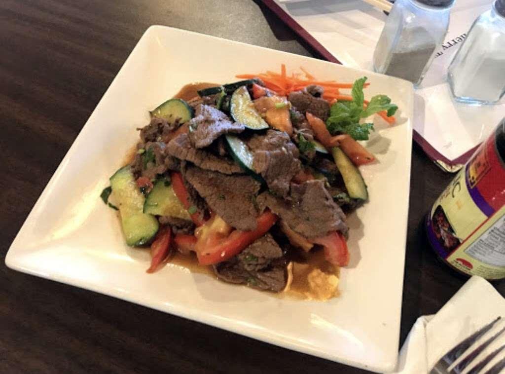 Cherry Thai - restaurant  | Photo 5 of 10 | Address: 13710 E Quincy Ave, Aurora, CO 80015, USA | Phone: (303) 693-0825