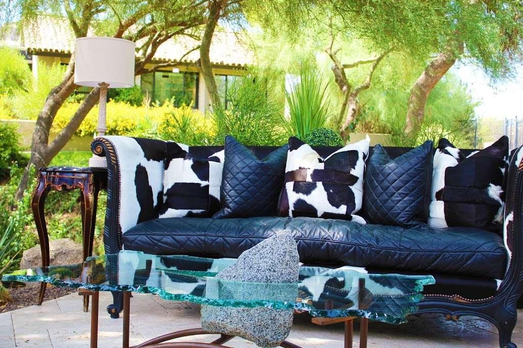 Stevans Consignment - furniture store    Photo 6 of 10   Address: 15770 N Greenway Hayden Loop #102, Scottsdale, AZ 85260, USA   Phone: (480) 607-0143