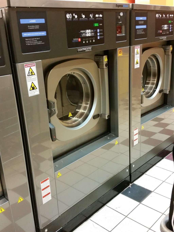 Bubbleland - laundry  | Photo 3 of 8 | Address: 4544 Calumet Ave, Hammond, IN 46327, USA | Phone: (219) 501-7123