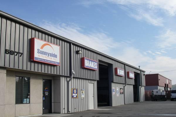 Sunnyside Auto Repair Inc. - car repair    Photo 1 of 7   Address: 5977 E Clinton Ave, Fresno, CA 93727, USA   Phone: (559) 292-1986