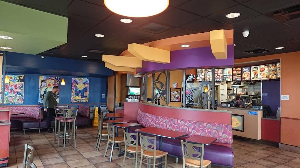 Taco Bell - meal takeaway  | Photo 10 of 10 | Address: 696 E St, Chula Vista, CA 91910, USA | Phone: (619) 422-5288