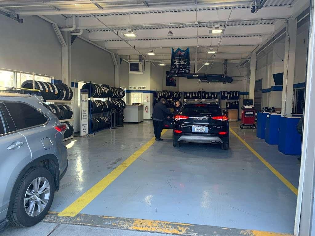 South Shore Hyundai - car dealer    Photo 9 of 9   Address: 360 West Sunrise Hwy, Valley Stream, NY 11581, USA   Phone: (516) 561-8770