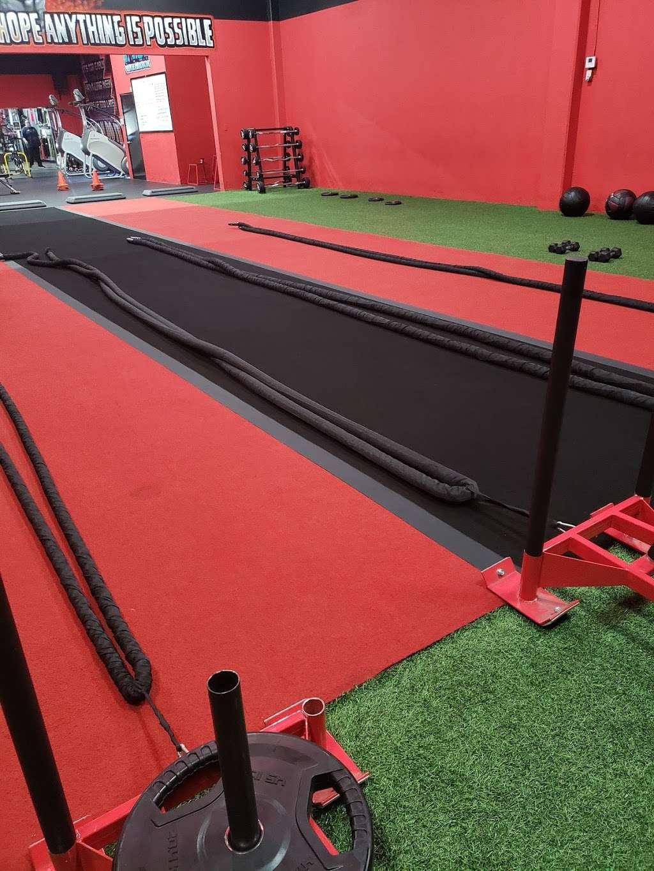 The Camp Transformation Center Woodland Hills - gym  | Photo 2 of 10 | Address: 21028 Victory Blvd Unit B, Woodland Hills, CA 91367, USA | Phone: (818) 626-3848