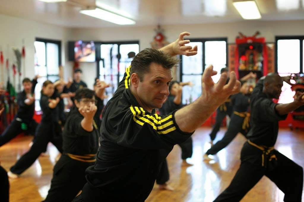 Bo Law Kung Fu - health  | Photo 1 of 10 | Address: 290 Grand St #2A, New York, NY 10002, USA | Phone: (212) 925-3339