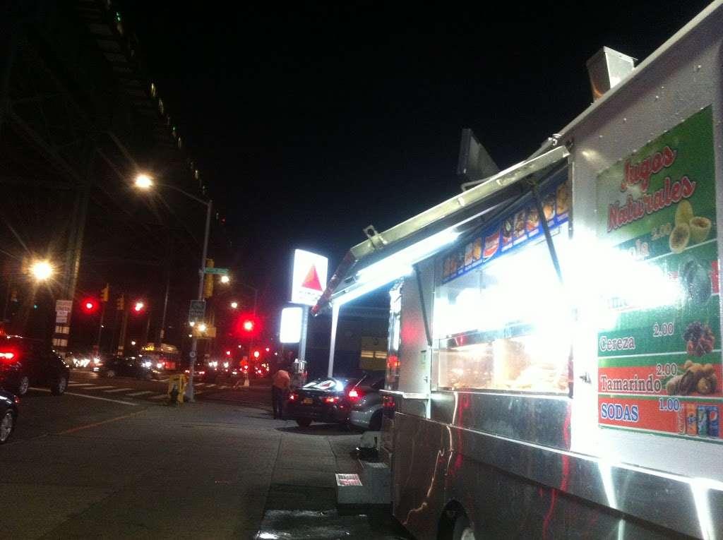 Citgo - gas station  | Photo 9 of 9 | Address: 1441 Westchester Ave, Bronx, NY 10472, USA | Phone: (718) 991-9104