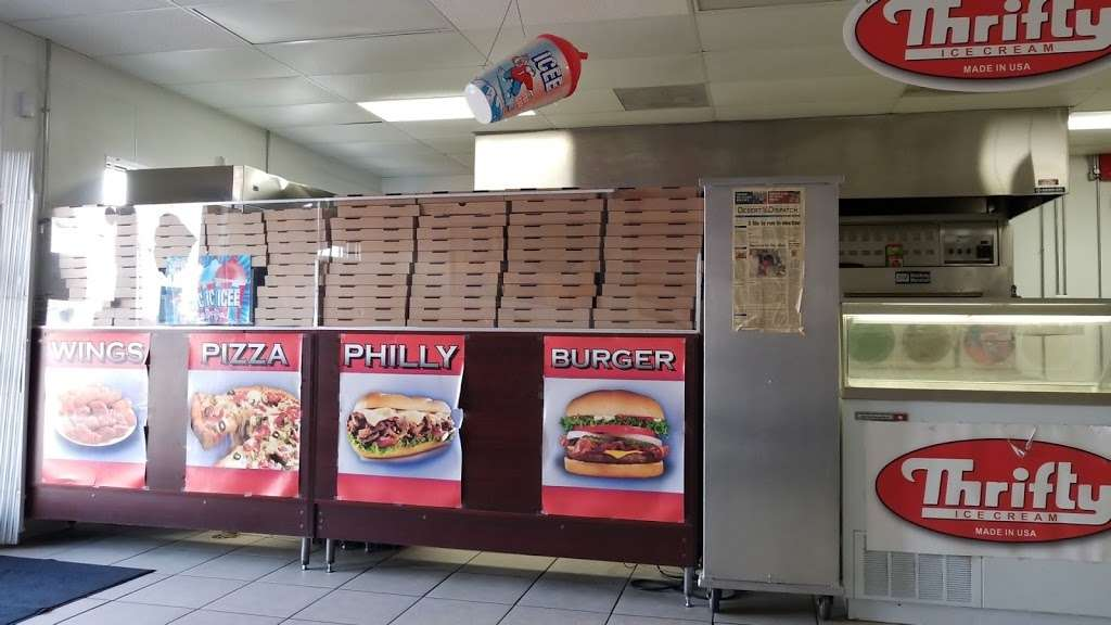 Diamonds Pizza - meal delivery  | Photo 2 of 10 | Address: 25254 Main St, Barstow, CA 92311, USA | Phone: (760) 253-2503