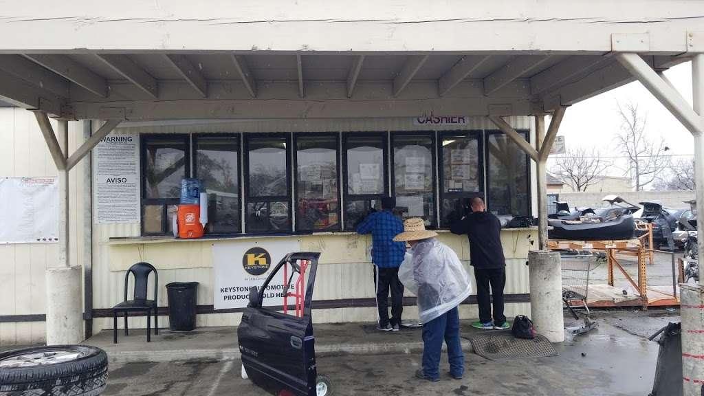 LKQ Pick Your Part - Fontana - car repair  | Photo 1 of 10 | Address: 15228 Boyle Ave, Fontana, CA 92337, USA | Phone: (800) 962-2277