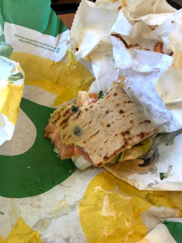 Subway Restaurants - restaurant  | Photo 3 of 4 | Address: 25-34 Jackson Ave, Long Island City, NY 11101, USA | Phone: (718) 472-1010