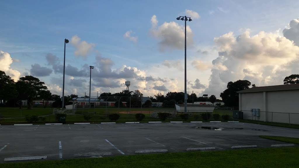 Addie L. Greene Park - park  | Photo 2 of 2 | Address: 1233 53rd St, West Palm Beach, FL 33407, USA