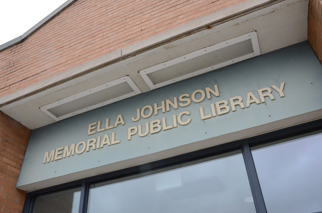 Ella Johnson Public Library - library  | Photo 6 of 10 | Address: 109 S State St, Hampshire, IL 60140, USA | Phone: (847) 683-4490