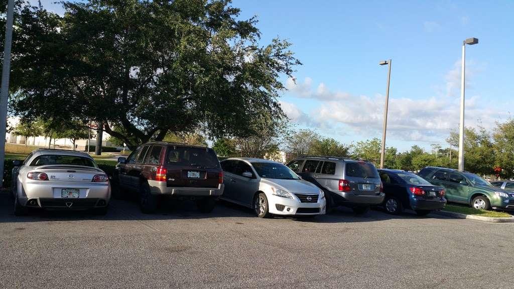 DMV - local government office  | Photo 4 of 10 | Address: 8185 Lee Vista Blvd, Orlando, FL 32829, USA | Phone: (407) 845-6200