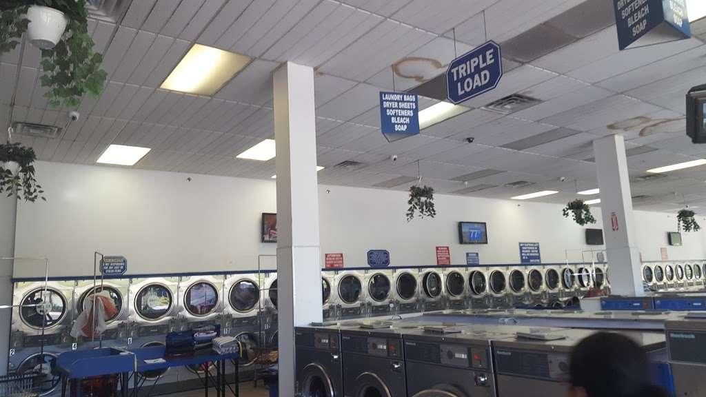 Tub&tumble Laundromat - laundry  | Photo 2 of 8 | Address: 15, 25-15 Seagirt Blvd, Far Rockaway, NY 11691, USA