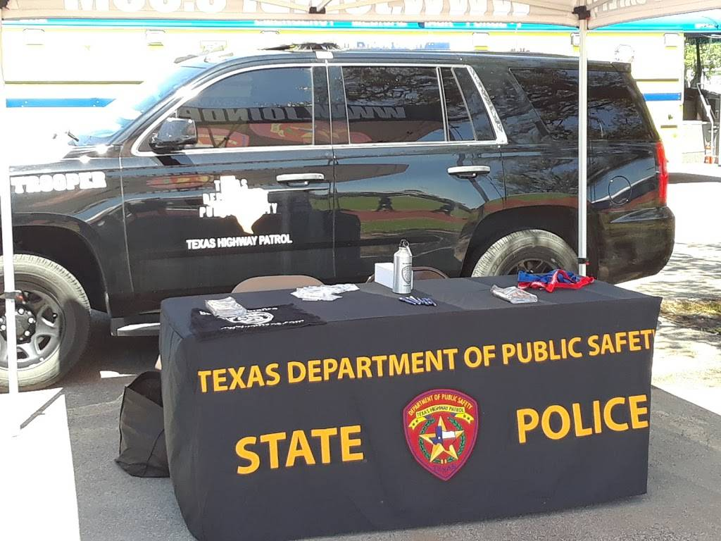 Texas Department of Public Safety - local government office  | Photo 10 of 10 | Address: 5805 N Lamar Blvd, Austin, TX 78752, USA | Phone: (512) 424-2000