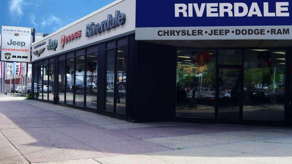 Riverdale Chrysler Jeep Dodge Ram - car dealer  | Photo 2 of 10 | Address: 5869 Broadway, Bronx, NY 10463, USA | Phone: (718) 548-2800