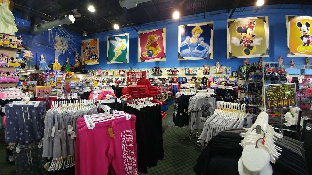 Bargain World Lake Buena Vista - clothing store    Photo 1 of 10   Address: 12236 S Apopka Vineland Rd, Orlando, FL 32836, USA   Phone: (407) 239-4100