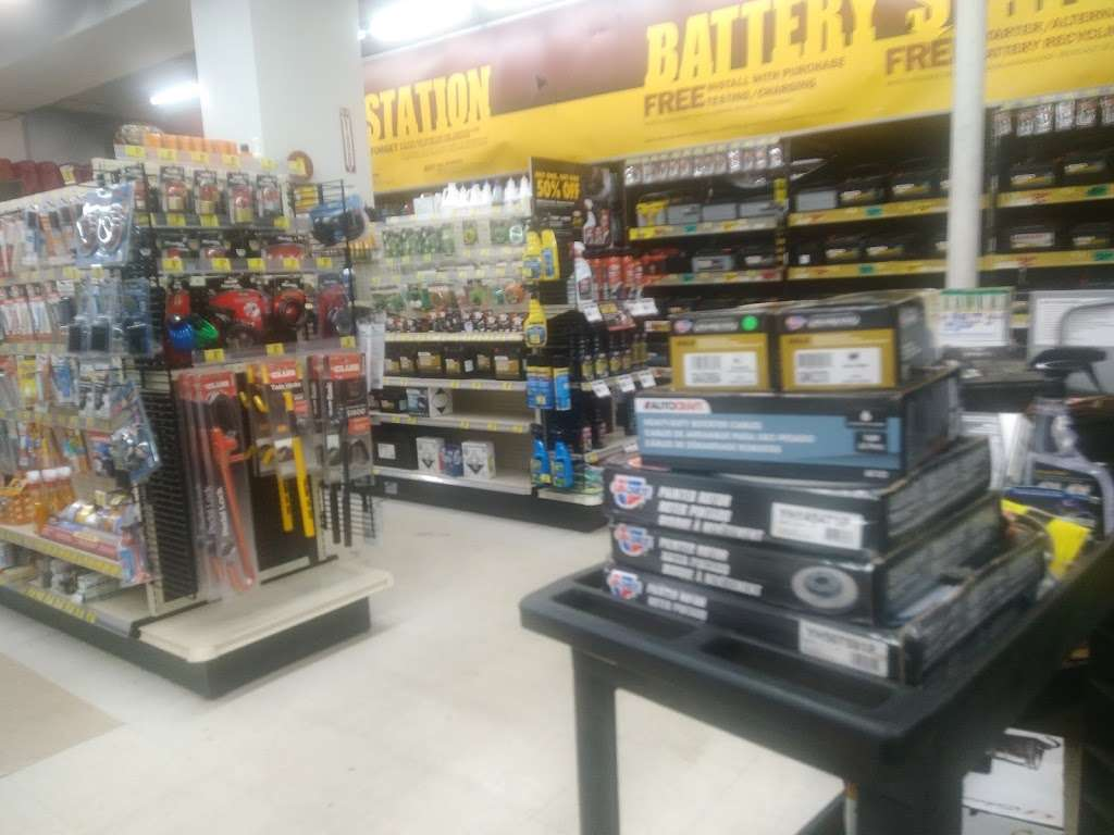 Advance Auto Parts - car repair  | Photo 7 of 10 | Address: 4802 Queens Blvd, Woodside, NY 11377, USA | Phone: (718) 779-6232